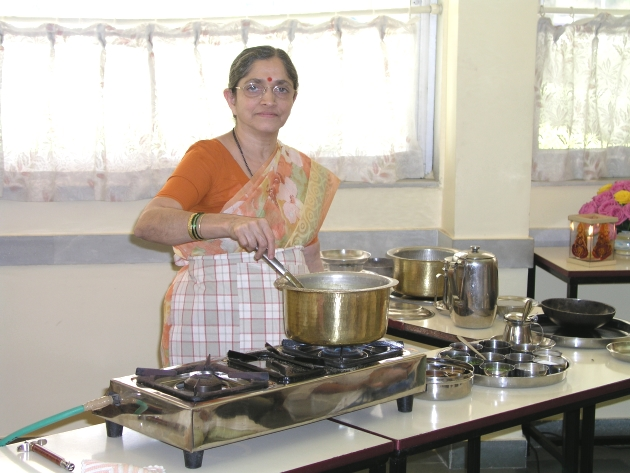 Veenaji at cooking demonstration 630x473